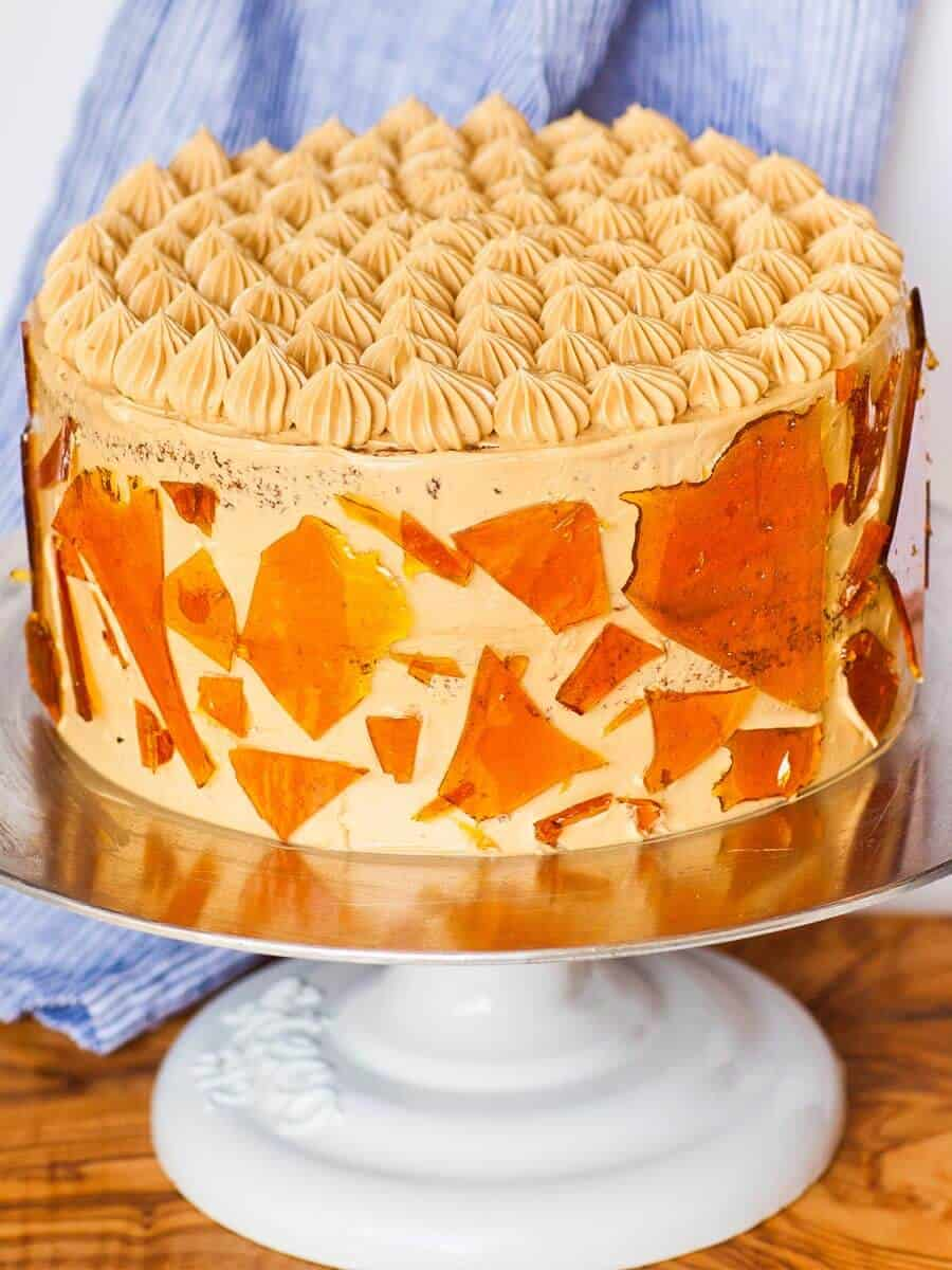 dulce de leche caramel cake with caramelized sugar