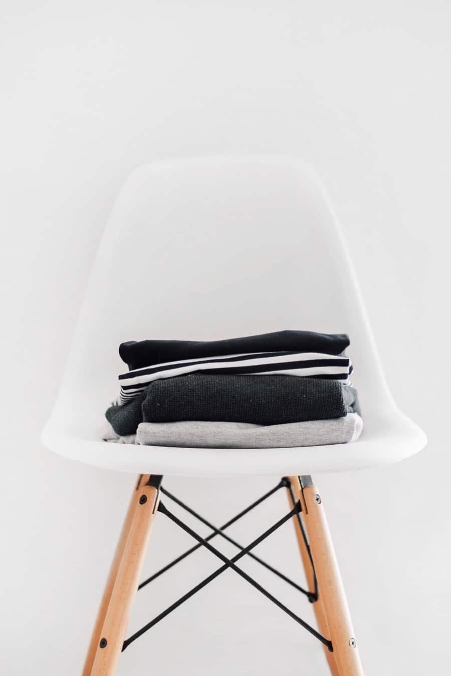 Как устраивать распродажи одежды
