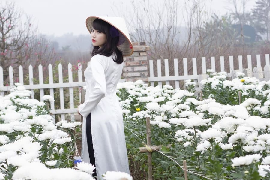 What to wear in Vietnam clothing an ao dai