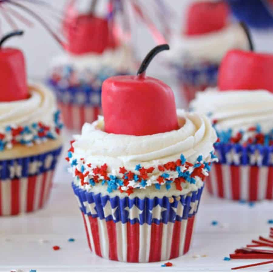 patriotic american cupcakes. 4th fo July cupcake Recipes, independence day.