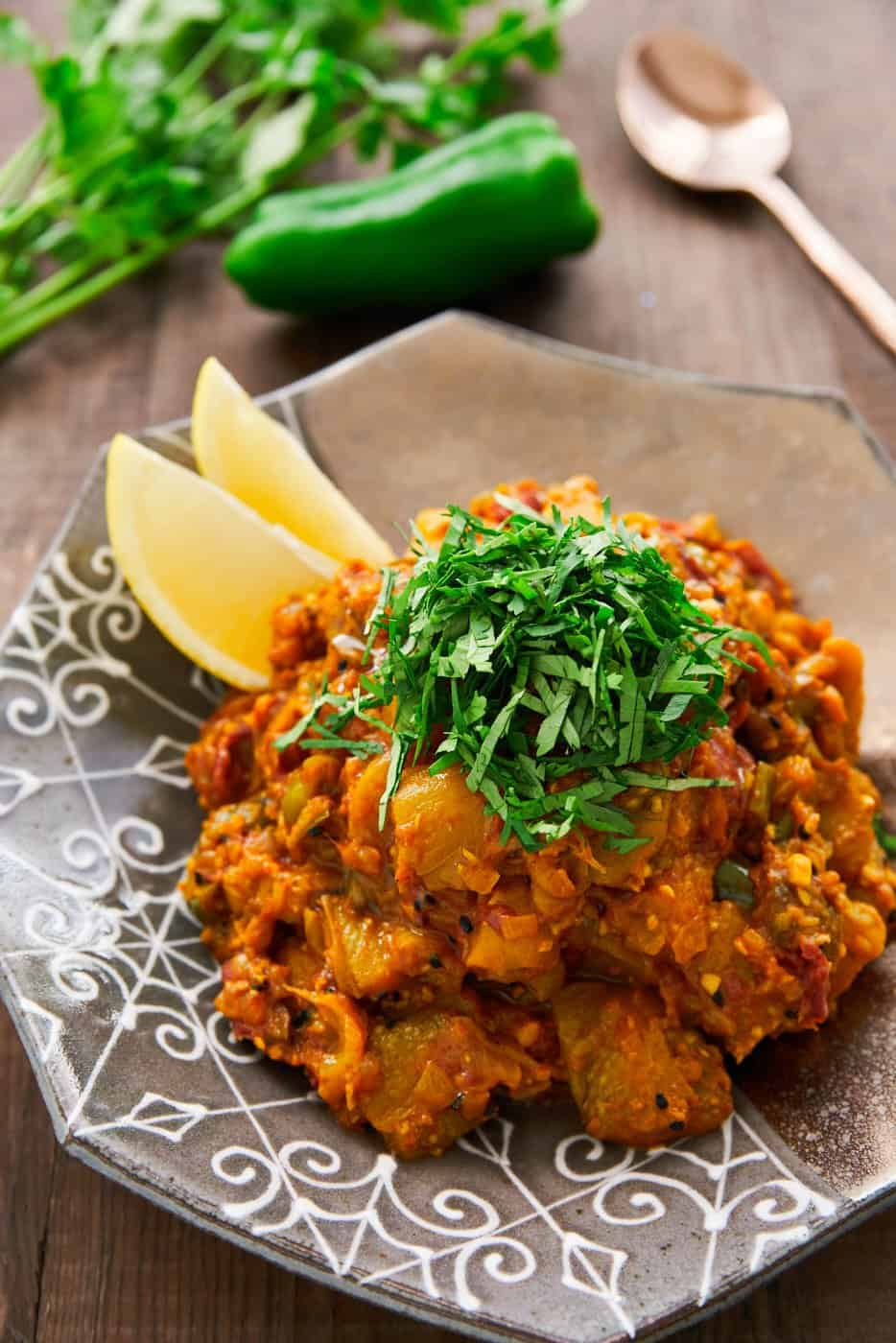 This easy Eggplant Curry recipe (Baingan Bharta ) comes together in under thirty minutes, and yet it's rich, smoky and full of flavor.