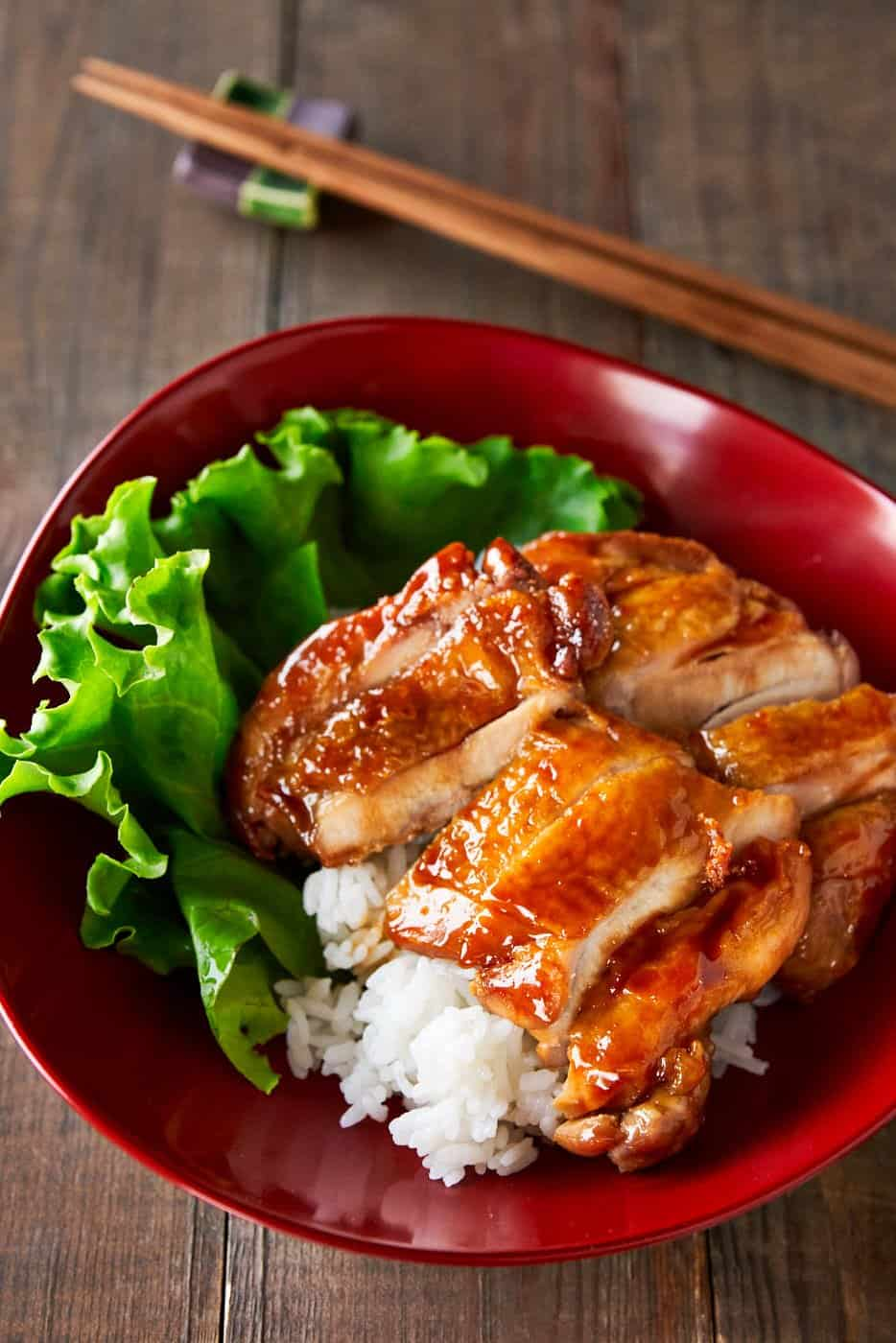 With just 4 basic ingredients, Japanese Chicken Teriyaki is as simple to make as it is delicious. The trick is to caramelize the sauce into a glossy glaze that sticks to the chicken like white on rice.