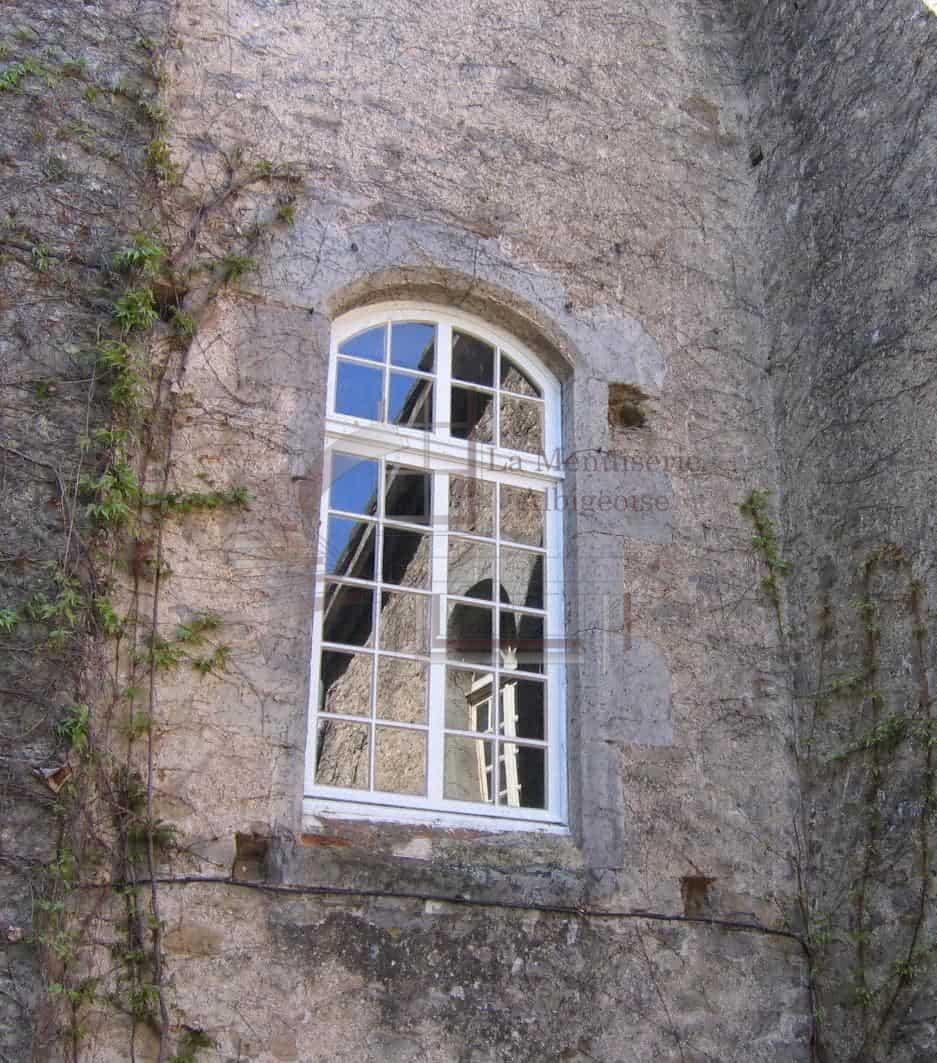 Fenêtre voûtée à Albi