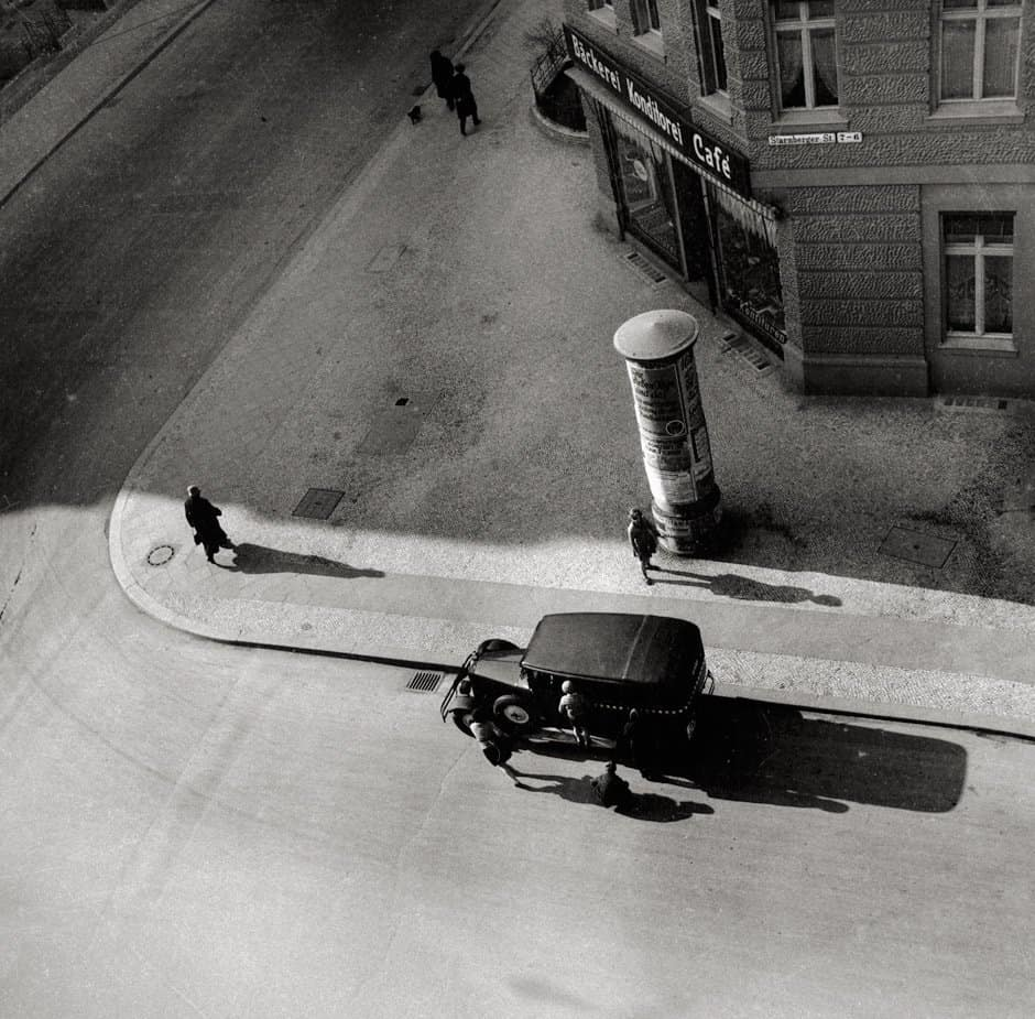 Starnberger Strasse, Berlin, 1930. Courtesy of Maria Austria Instituut, Amsterdam.