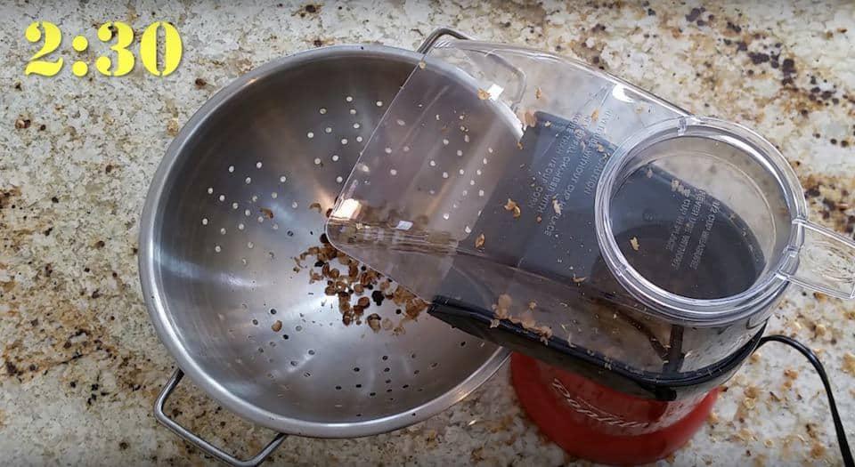 First crack in the popcorn popper