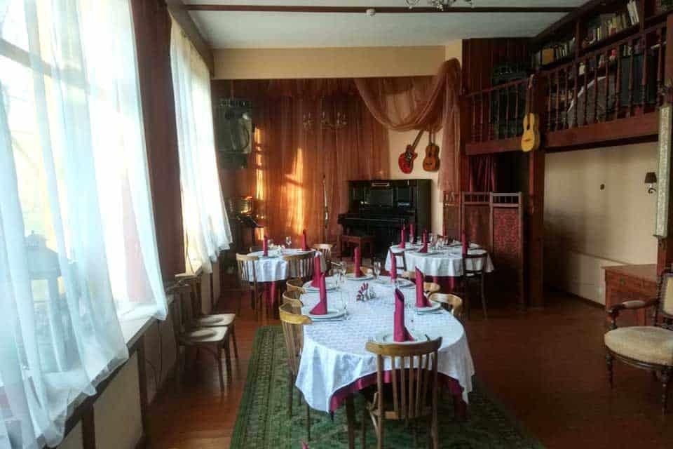 Уютный ресторан в Мытищах: Дача Косенковых
