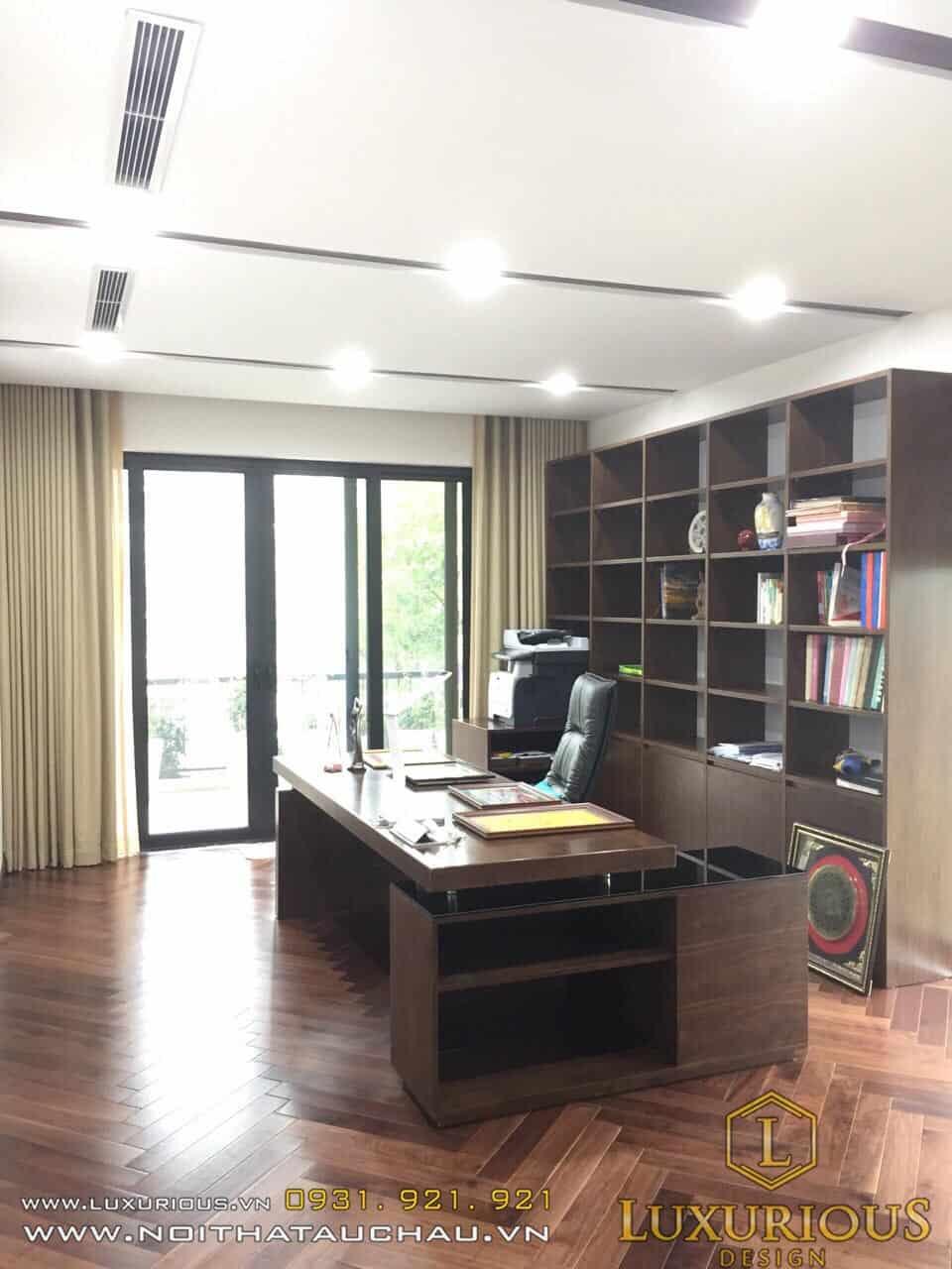 Phòng làm việc biệt thự