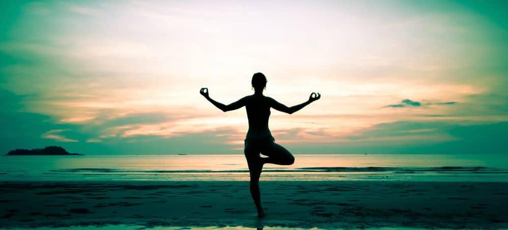 Yoga rafforza il corpo e la mente