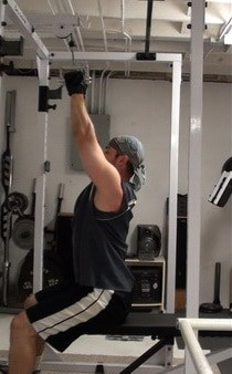 Full-Range Pulldowns - A Great Exercise for Carving Detail Into Your Back Muscles