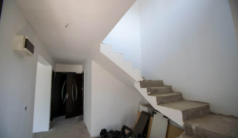 casa-pantelimon-P+1-scari