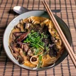 Ramen with fried Mushrooms