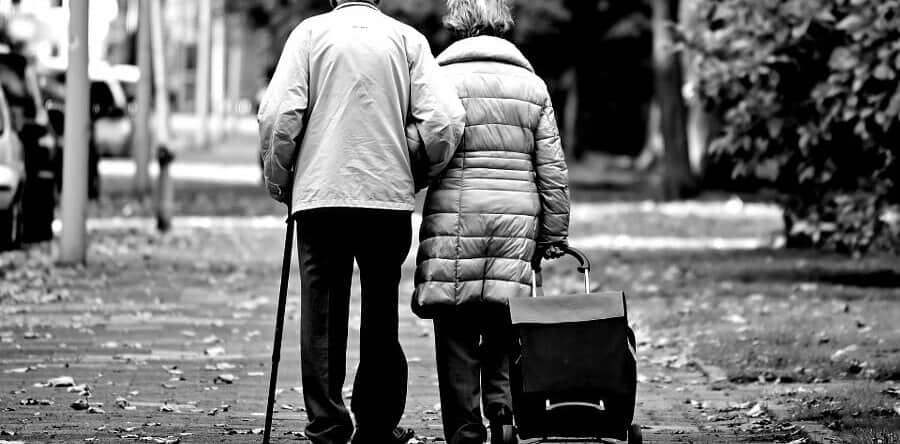 Раздел имущества в разных ситуациях после смерти супруга: почему без юридического сопровождения жене бывает трудно получить свою долю в положенном объеме