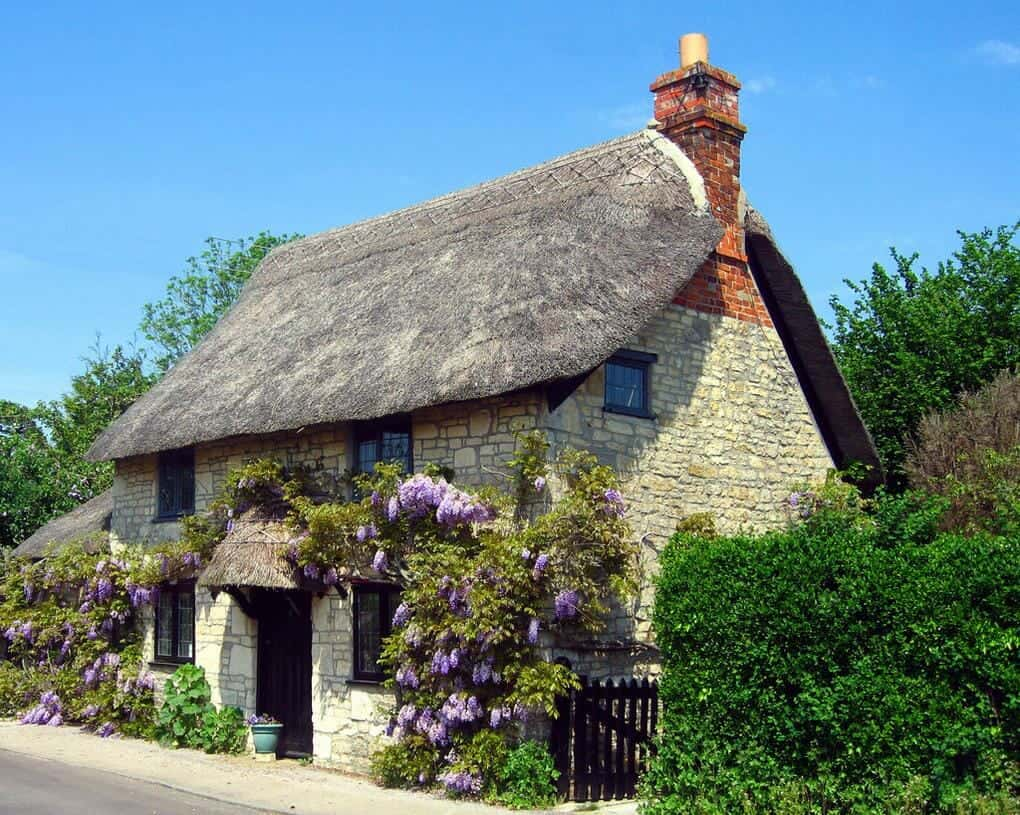 thatched-cottages-wiltshire-cottage