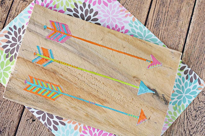 DIY painted arrow wood plank