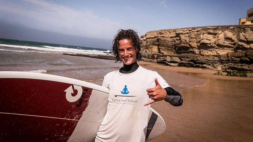 BOOK YOUR ADVANCED SURF LESSON NOW