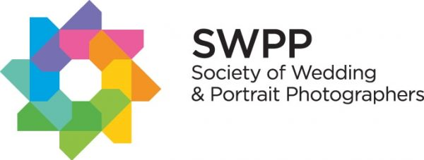 logo for membership of Societry of wedding & portrait photographers