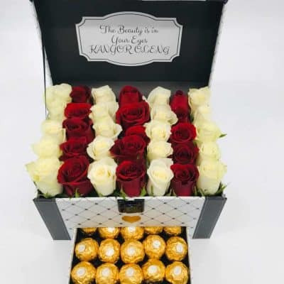 Square Buckle Roses