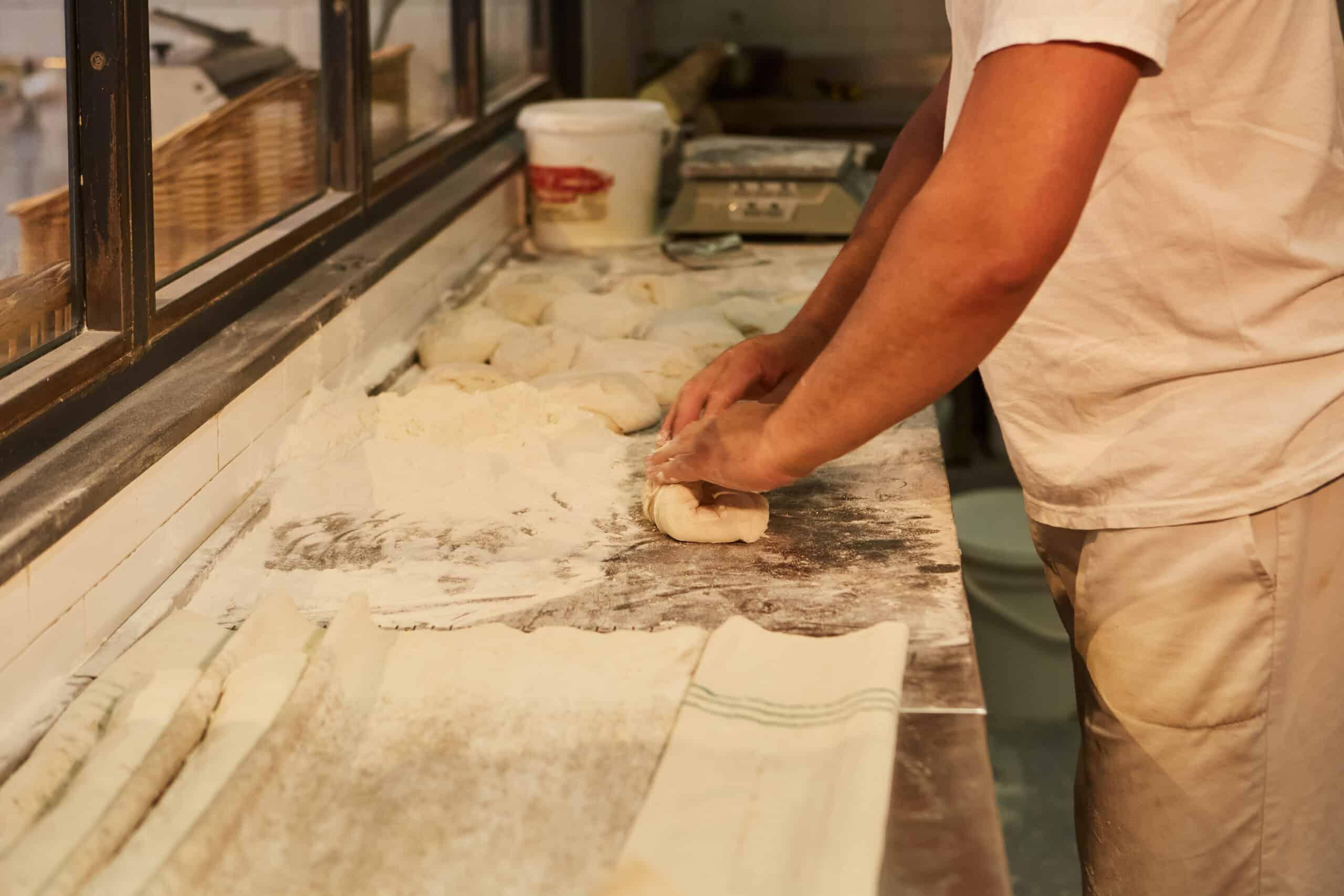 Miga Bakery Amasado
