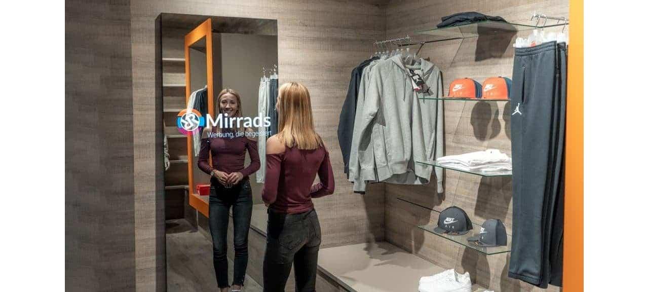 Smart Mirror Digital Signage Hero