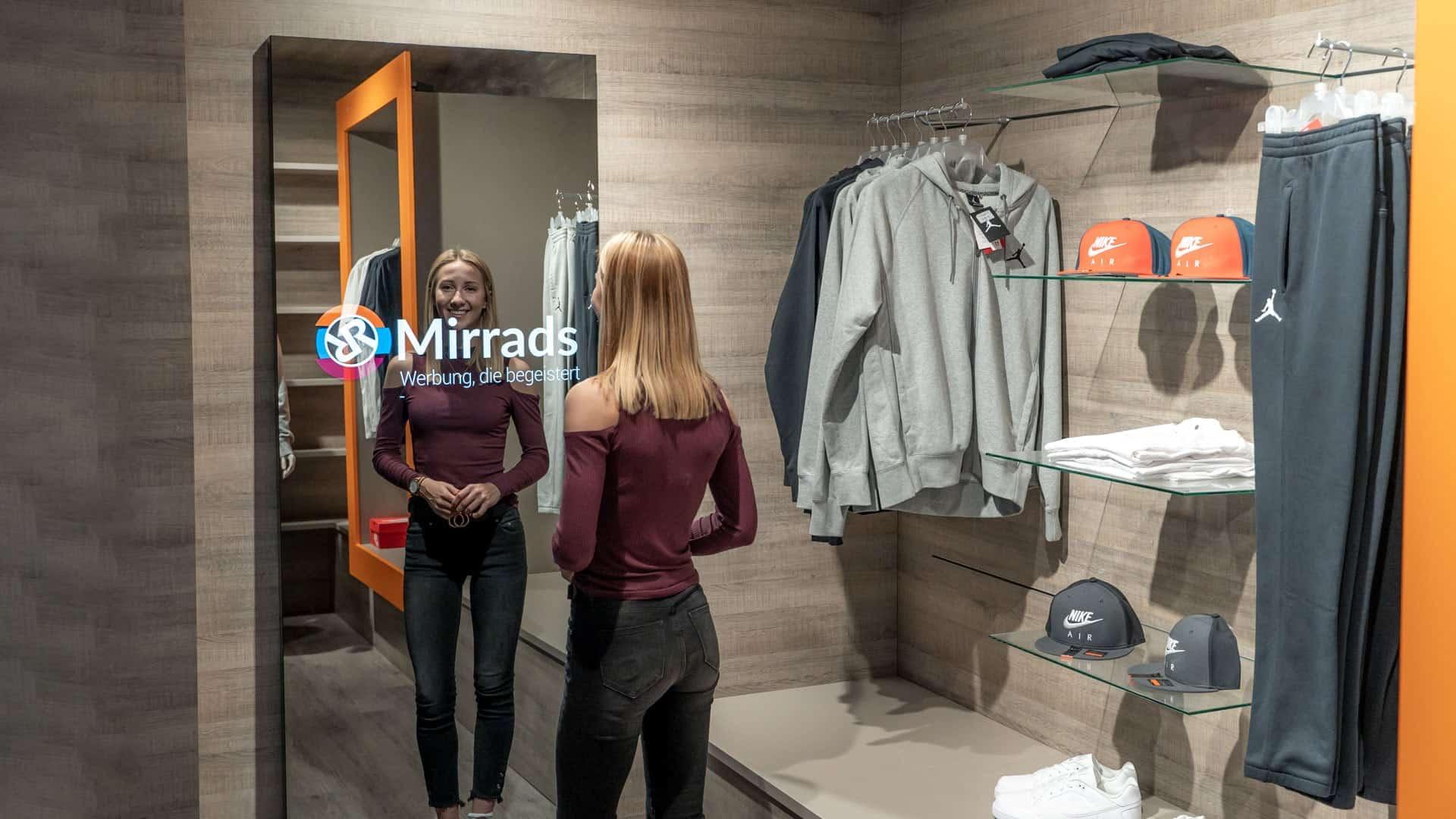 Smart Mirror Digital Signage