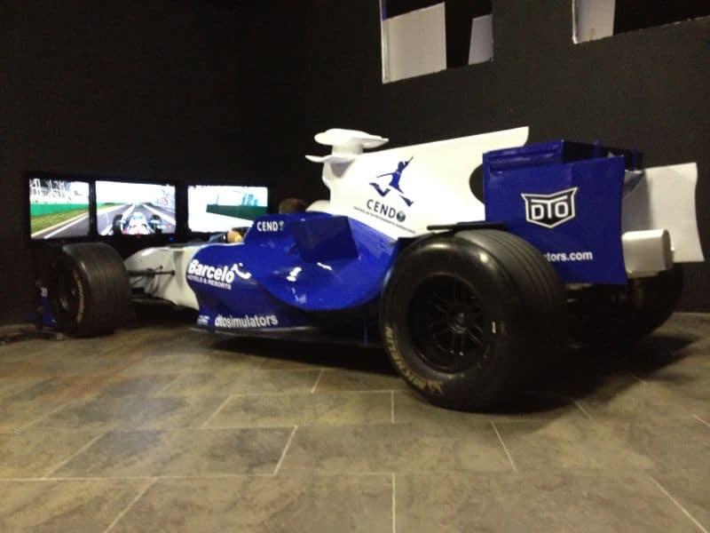 Fórmula 1 resina y fibra de vidrio