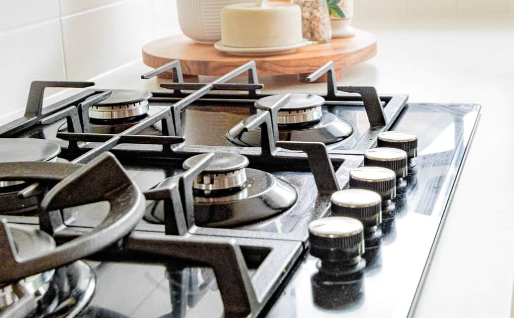 How to Naturally Clean Stove Vent Filters