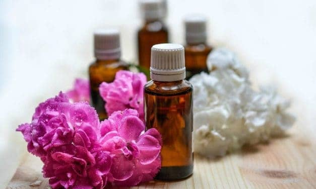 DIY PMS Essential Oil Blend: Eliminate Your PMS Mood Swings