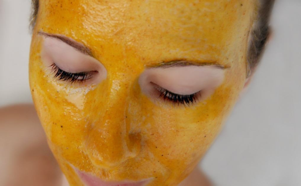 Golden Milk Face Mask