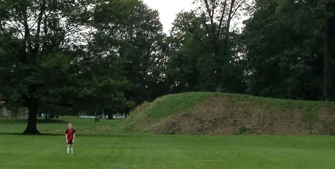 Ground fortifications in Ohio - closer