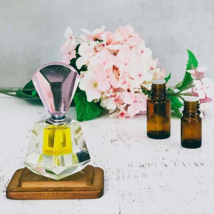 How to Make a Perfume Oil or Perfume Roll-on
