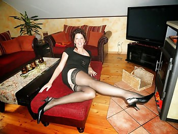 einsame Hausfrau sucht private Sextreffen