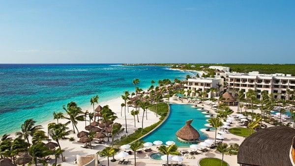 secrets-akumal-deal_ext_panoramic_pool_beach_2a
