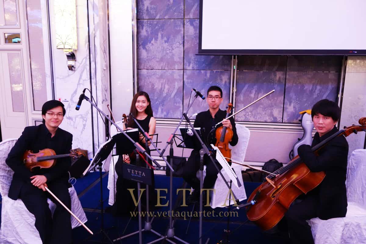Elvina & Zhaolong's Wedding at Shangri-La Hotel