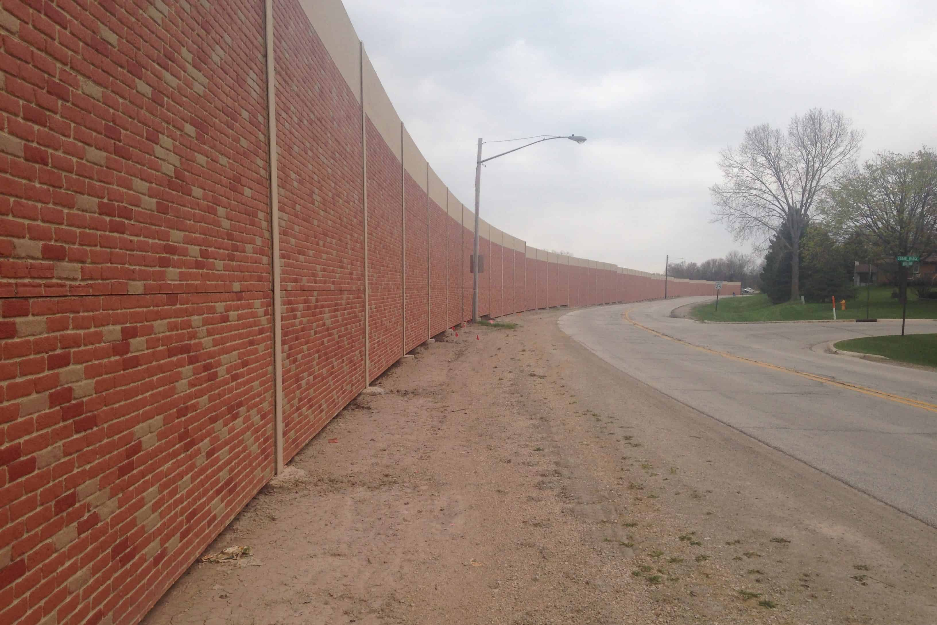 Noise Wall Precast Concrete Green Bay Curve