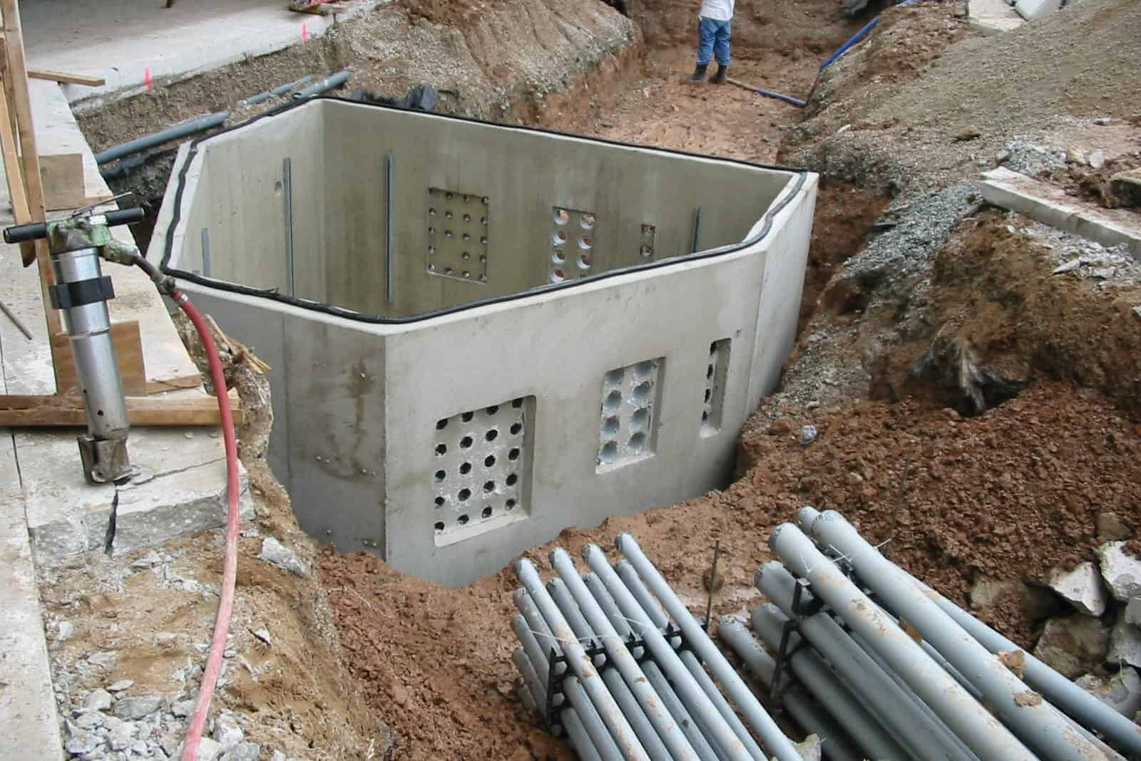 Precast Concrete Electric Manhole Green Bay Airport