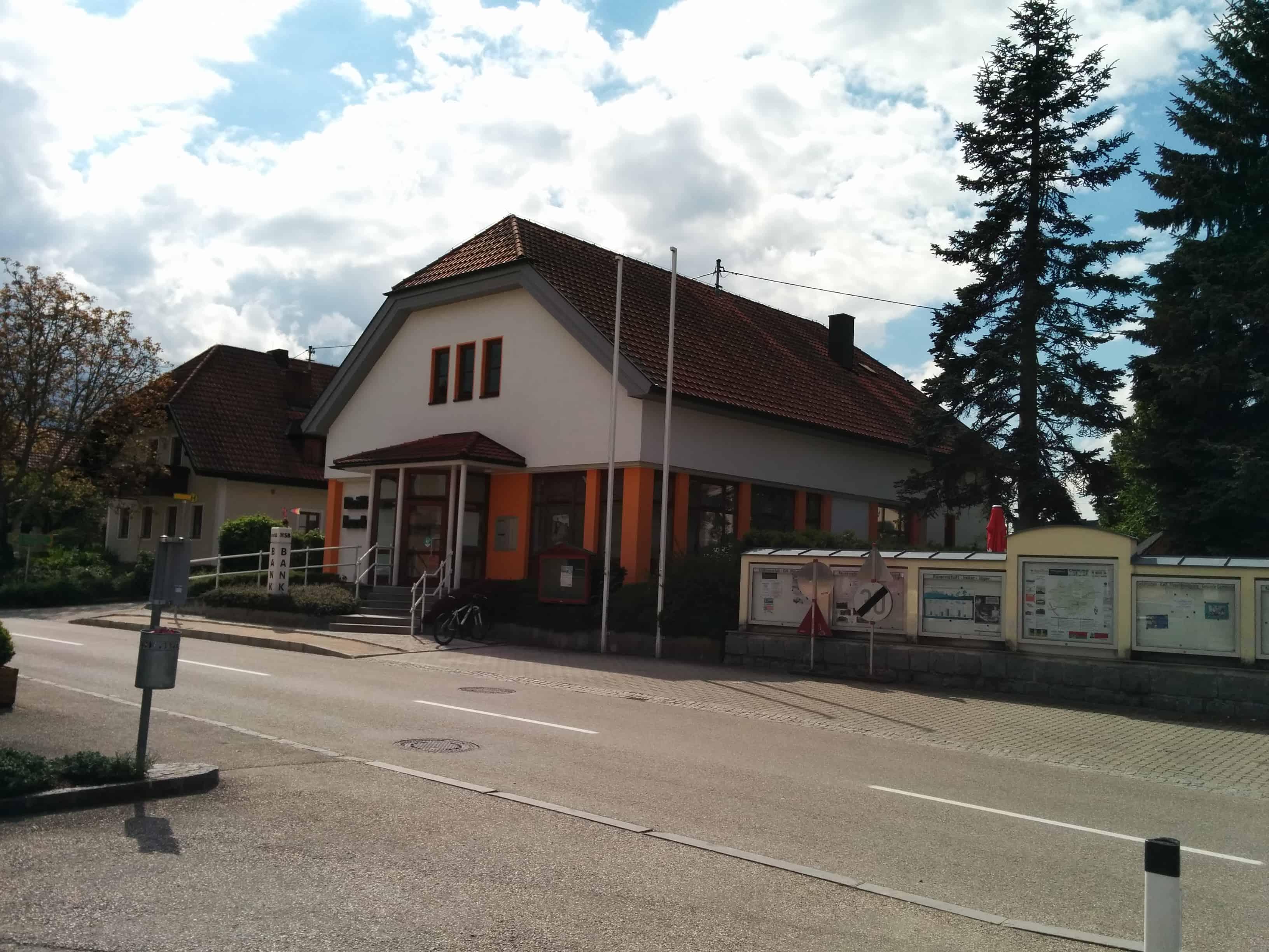 Raiffeisenbank Region Hausruck reg. Gen. m. b. H. Zws. Rottenbach