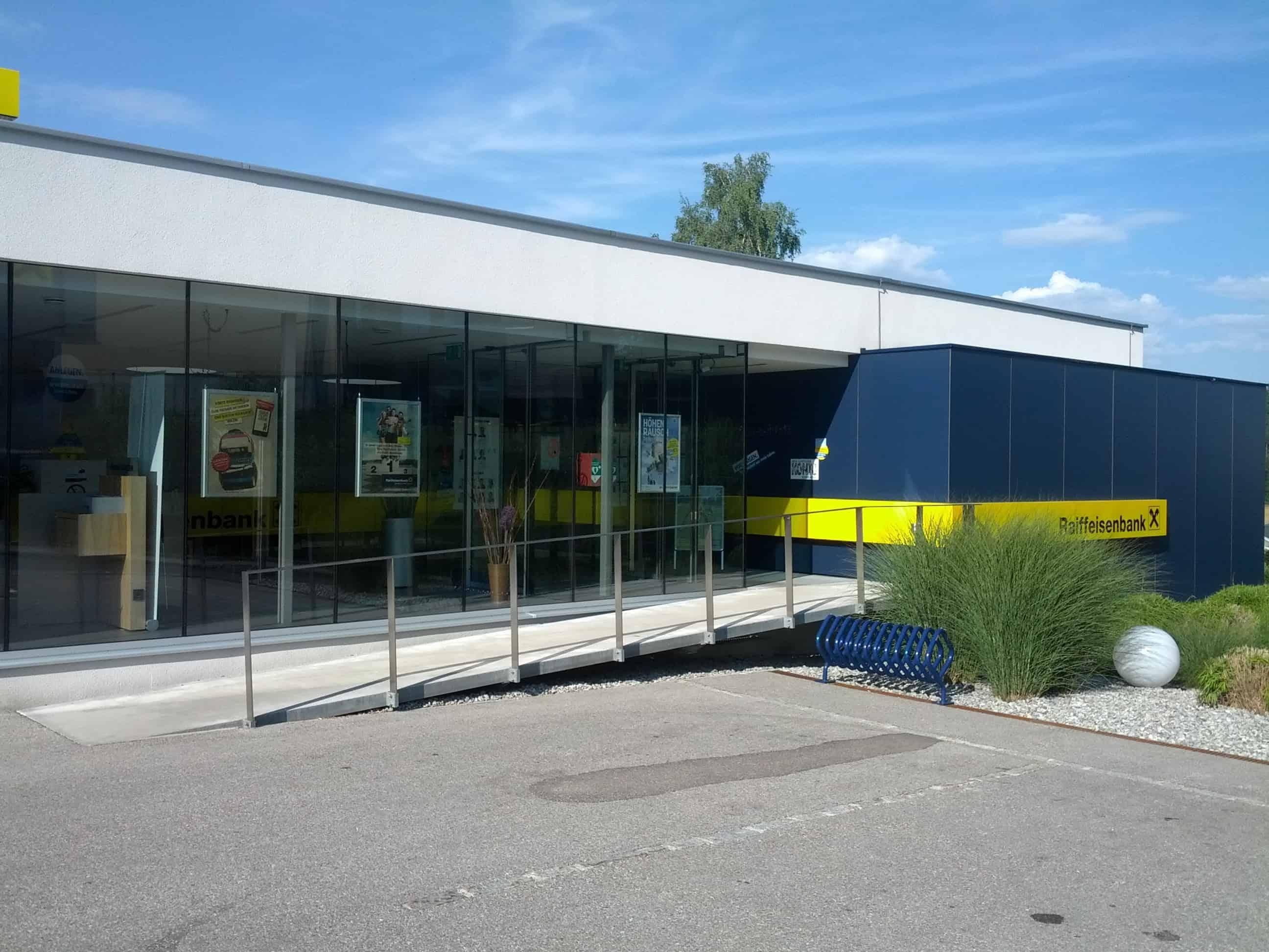 Raiffeisenbank Region Pregarten reg. Gen. m. b. H. Bst. St. Leonhard