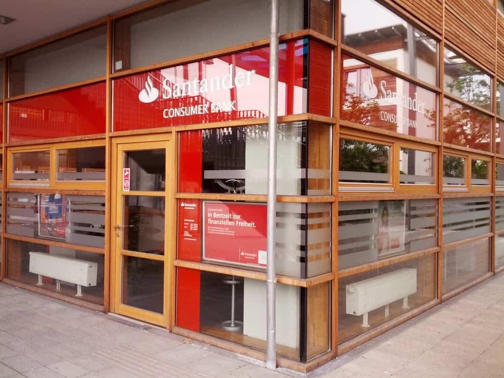 Santander Consumer Bank GmbH  Zws. Linz