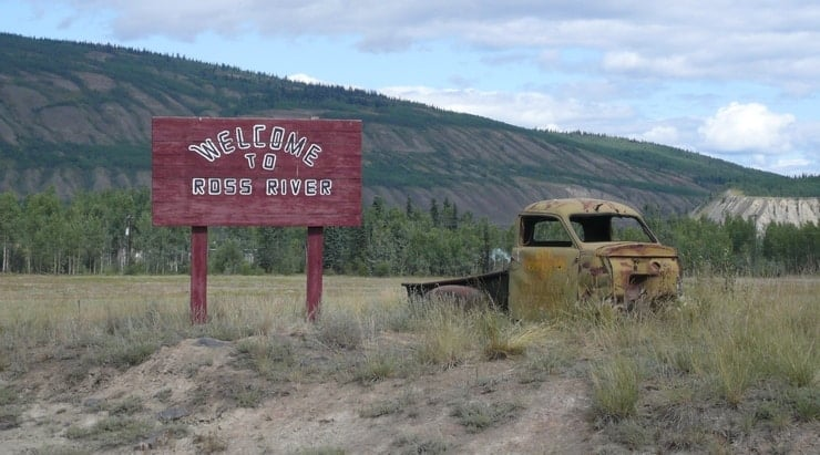 Welcome to Ross River sign