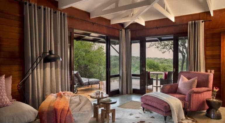 Ecca Lodge Lounge