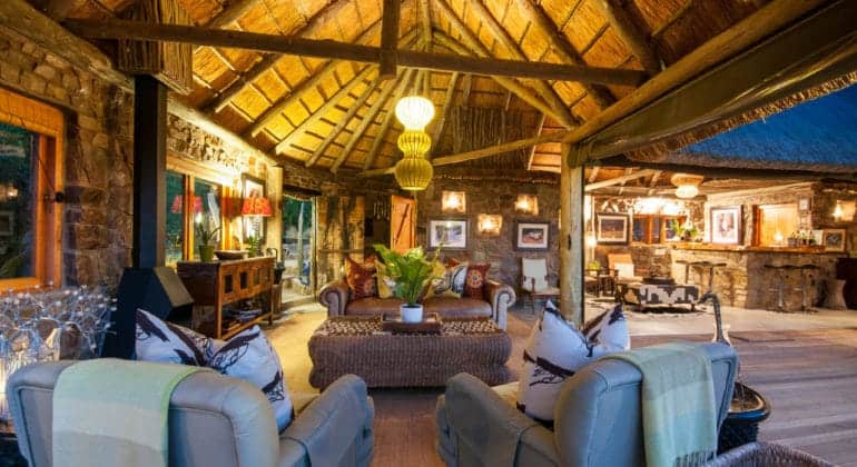 Hillsnek Safari Camp Lounge Bar
