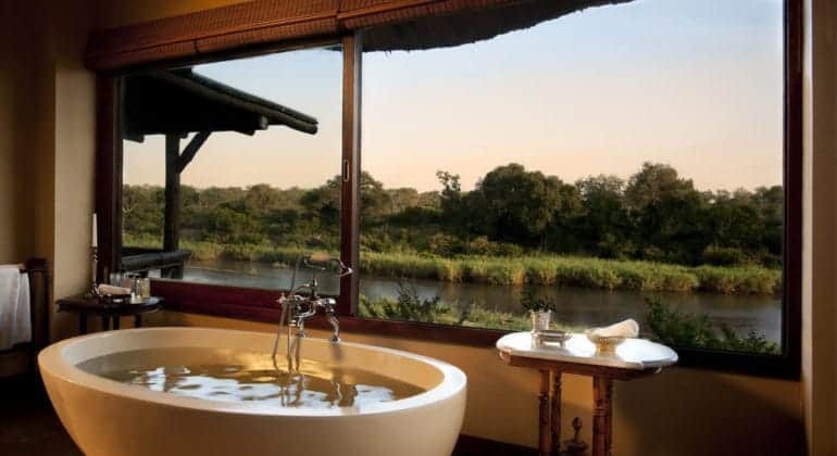 Narina Lodge Bathroom