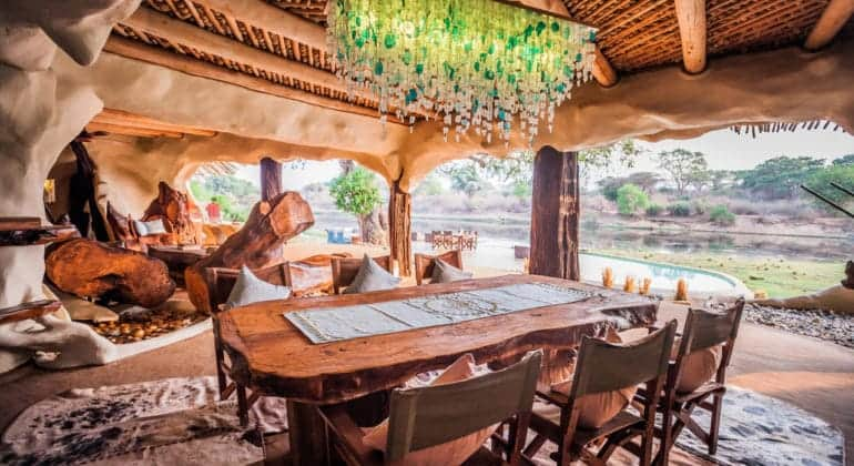 Chongwe River House Dining
