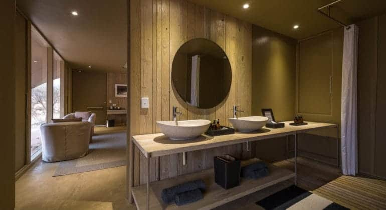 Hoanib Skeleton Coast Bathroom