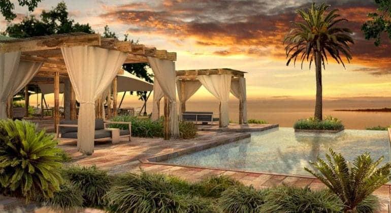 Bumi Hills Safari Lodge Poolside