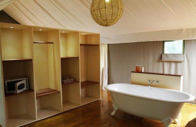 Ruzizi Tented Camp Bathroom