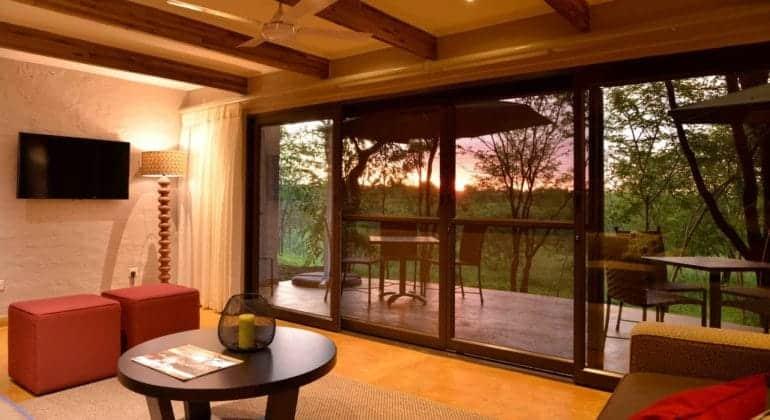 Victoria Falls Safari Suites Lounge