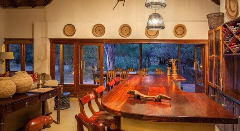 Monwana Lodge Bar