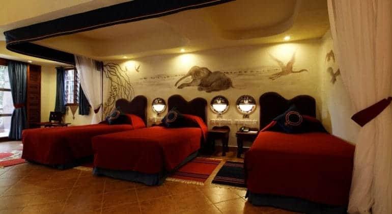 Amboseli Serena Safari Lodge Triple Room