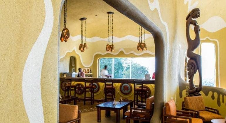 Mara Serena Safari Lodge Bar